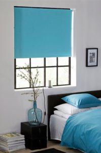 blå gardiner