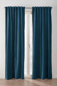 turkosa gardiner i sammet från Jotex
