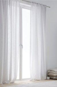 Moderna, trendiga gardiner, nu